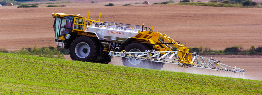 Lite-Trac_Crop_Sprayer